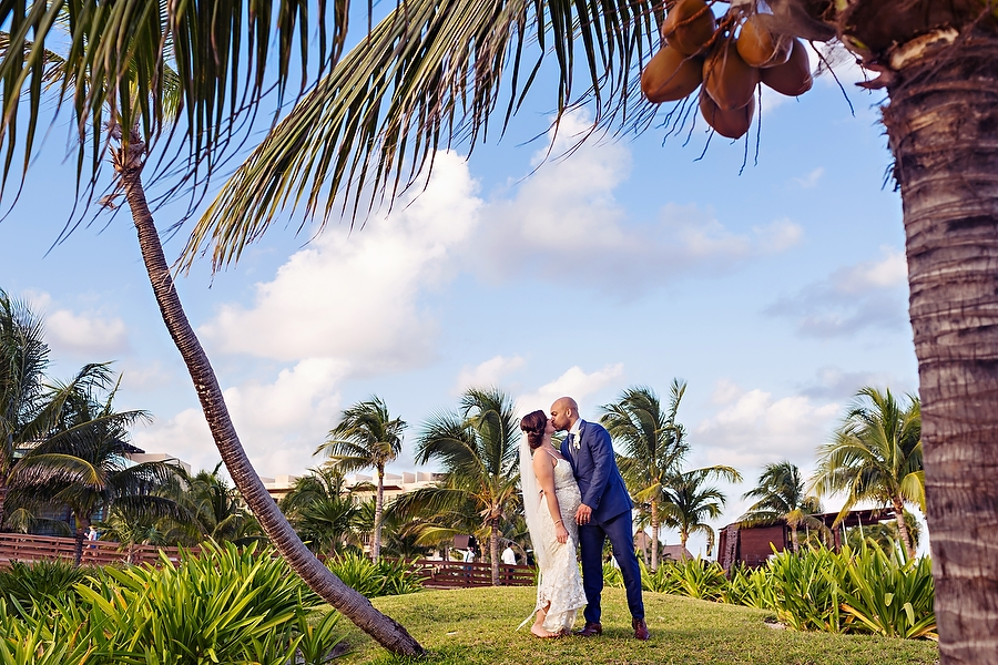 Adorable-Family-Royalton-Wedding_0001.jpg