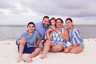 Andaz-MayaKoba-Family-Portraits_0001.jpg