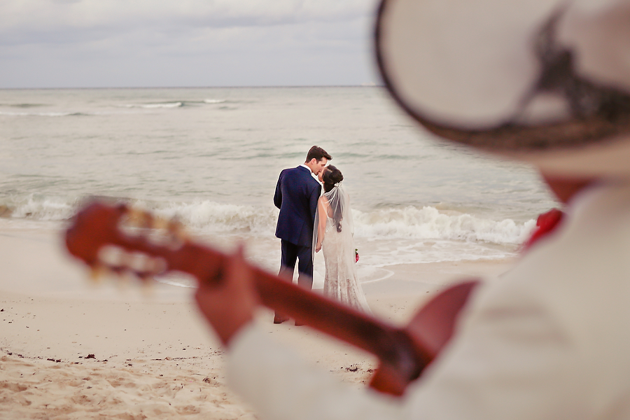 Grand-coral-beach-club-wedding_0001.jpg