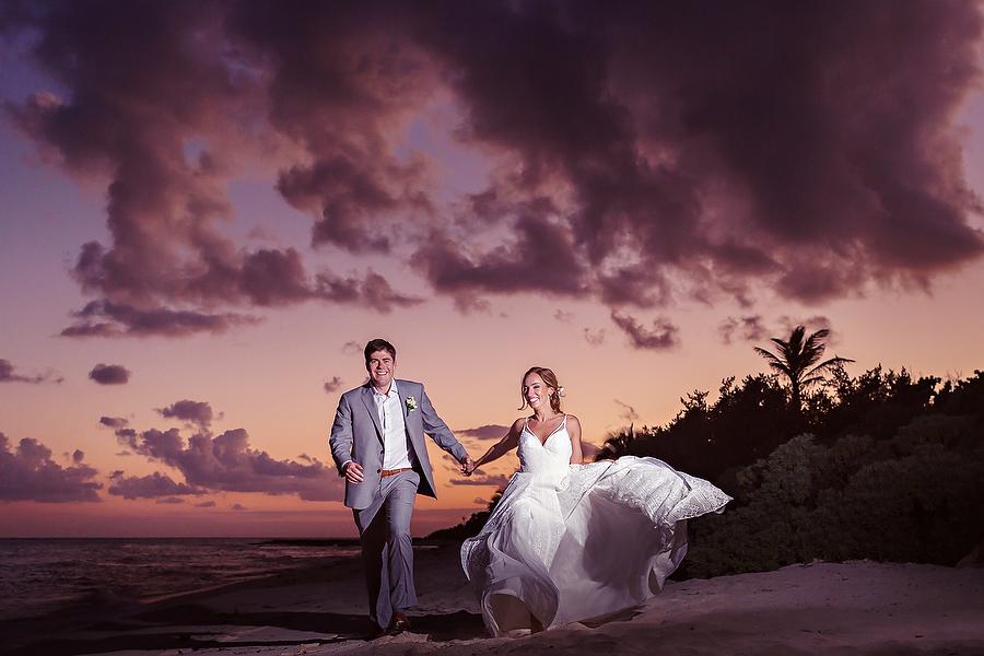 INTIMATE-SUNSET-WEDDING-BLUE-VENADO_0001.jpg