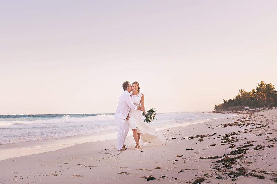 Intimate-Bohemian-Casa-Malca-Wedding_0001.jpg
