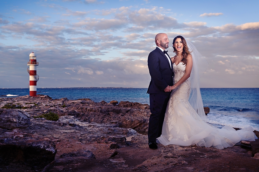 Luxurious-Wedding-at-Hyatt-Ziva-Cancun_0001.jpg