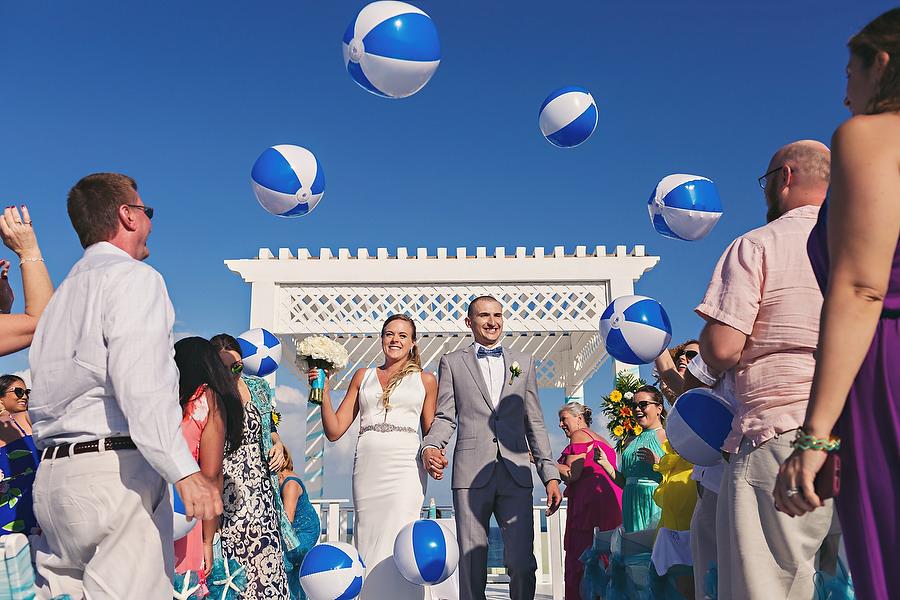 Modern-Azul-Beach-Mexico-Wedding_0001.jpg