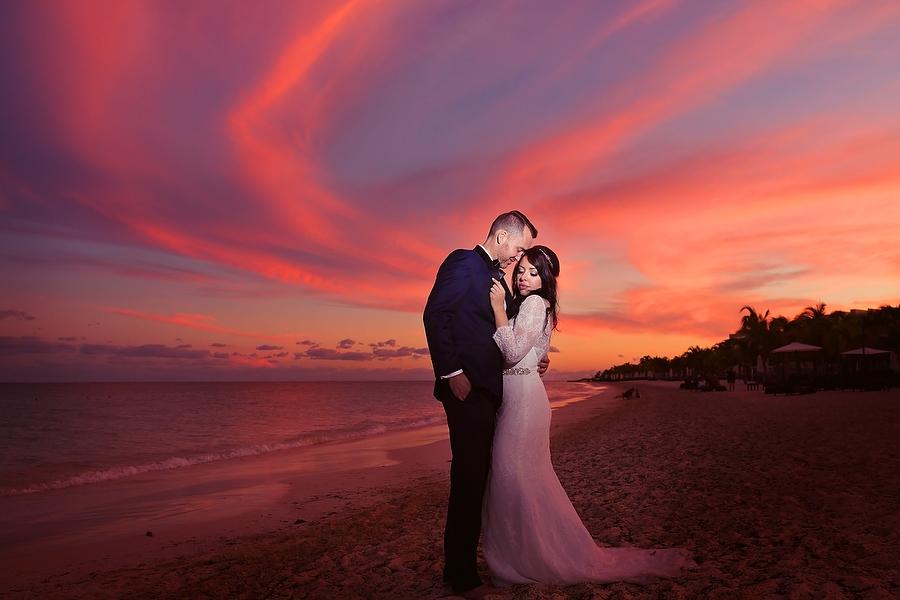 Royalton-Beach-Wedding_0001.jpg