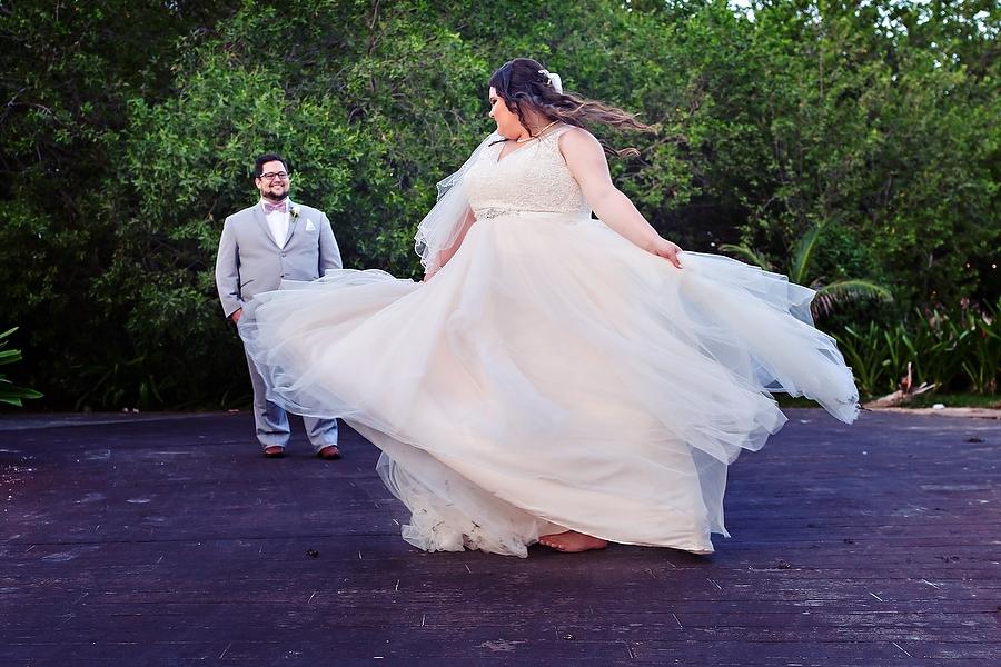 Royalton-Riviera-Cancun-Wedding_0001.jpg